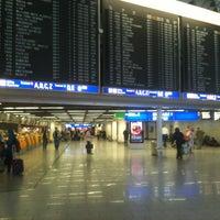 Das Foto wurde bei Flughafen Frankfurt am Main (FRA) von Olga Z. am 6/26/2013 aufgenommen