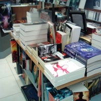 Photo prise au Librairie Molière par Vévé D. le4/18/2013