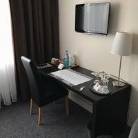 Das Foto wurde bei SORAT Hotel Ambassador Berlin von Oliver W. am 11/14/2017 aufgenommen