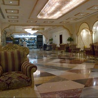 Photo taken at Al safwah royale orchid hotel by Ammar A. on 5/7/2013