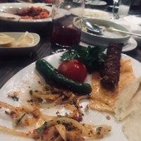 Photo taken at Kalamış Günaydın Kebap & Steakhouse by Hatice K. on 11/18/2017