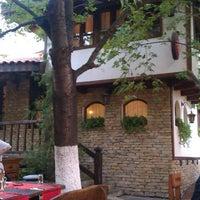 Photo prise au Теньова Къща (Tenyo's House) par Ducho C. le9/18/2012