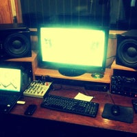 Photo taken at WINNAZ RECORDING STUDIO by DICE W. on 4/17/2013