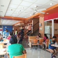 Photo taken at Chowking by Aeto A. on 6/4/2013
