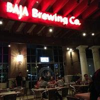 Foto tomada en Baja Brewing Co. por Manuel Z. el 7/19/2013