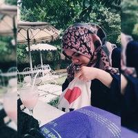 Photo taken at Rumah Cupcakes & BBQ by Tiara L. on 8/31/2014