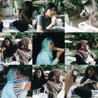 Photo taken at Rumah Cupcakes & BBQ by Tiara L. on 9/17/2014