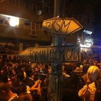 6/8/2013 tarihinde Yildiray ..ziyaretçi tarafından Tunalı Hilmi Caddesi'de çekilen fotoğraf