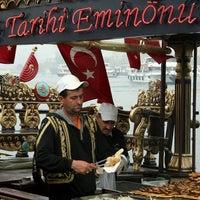 6/11/2013 tarihinde Umut Ç.ziyaretçi tarafından Tarihi Eminönü Balık Ekmek'de çekilen fotoğraf