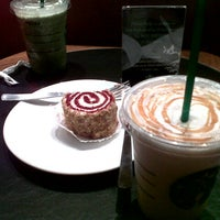 Photo taken at Starbucks by Didit I. on 10/29/2012