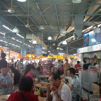 Photo taken at Super Tanker Food Centre (美麗華飲食中心) by Kenny G. on 5/18/2013