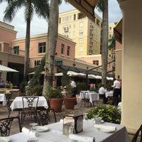 Photo taken at Villagio Italian Eatery by Магдалина А. on 4/30/2015