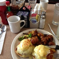 Photo taken at Bill's Cafe by Maxim Z. on 5/10/2013