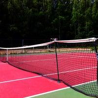 Photo taken at Kaupin Tenniskentät by Marko V. on 7/4/2013