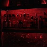 8/16/2014 tarihinde Ünsal K.ziyaretçi tarafından Körfez Bar'de çekilen fotoğraf