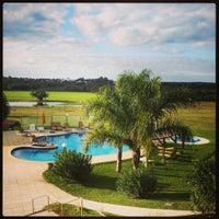 Foto tomada en Los Naranjos Resort Spa Termal por JULIANA A. el 5/26/2013