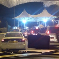 Photo taken at منفذ هيلي الحدودي Hili Border Port by Ciggie on 2/6/2013