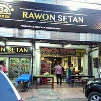 Photo taken at Rawon Setan by bagus r. on 4/26/2015