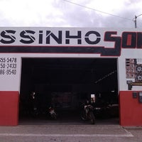 Photo taken at Essinho Som by Giancarlo D. on 2/14/2014