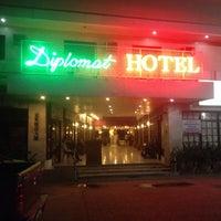 Photo taken at Diplomat Hotel by Shin -. on 11/23/2015