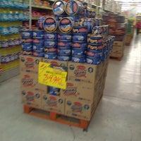 Photo taken at Giant Hypermarket by Hendric Chia K. on 7/26/2013