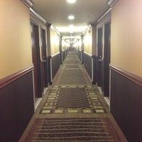 Снимок сделан в Holiday Inn Express & Suites пользователем Michael Y. 5/17/2013