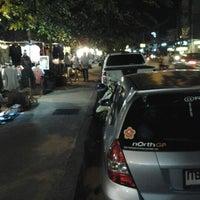 Photo taken at hayaT-shirt by ARM S on 11/6/2012