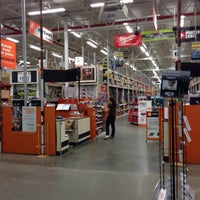 Photo taken at The Home Depot by Röb on 10/5/2013