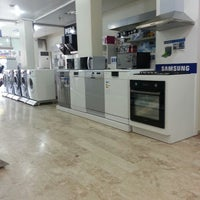 Photo taken at Yildirim Teknoloji SamsunG by Erkin E. on 8/23/2013