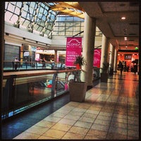 Foto tomada en Mall Florida Center por Cristofer J. el 5/4/2013