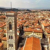 Foto scattata a Piazza del Duomo da Mike G. il 4/19/2013