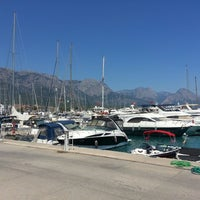 Photo taken at Kemer Türkiz Marina by ⛵Brn K ✋. on 7/28/2013