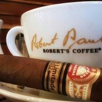 Photo taken at Robert's Coffee by ⛵Brn K ✋. on 3/27/2016