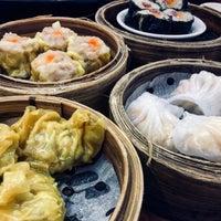 Foto tomada en Golden Fortune Seafood Restaurant por Charles D. el 10/27/2017