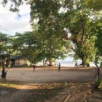 Photo taken at Pulau Siladen by Mhmt Ç. on 7/11/2016