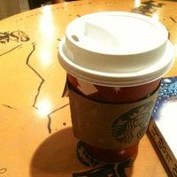 Photo taken at Starbucks by jiyon L. on 11/15/2012