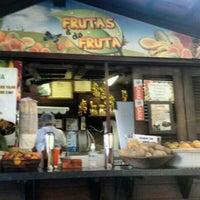 Foto tirada no(a) Kioske Frutas Da Fruta Mercadao por Fernanda F. em 11/19/2015
