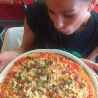 Foto tomada en Pizzería Original por Olalla N. el 4/23/2013