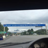 Photo taken at Plaza Tol Kuala Kangsar by Eyka S. on 11/26/2017