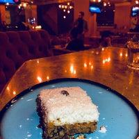 รูปภาพถ่ายที่ Big Boss Lounge โดย Emrah A. เมื่อ 4/23/2018