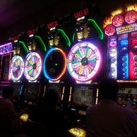 Photo taken at Isle Casino Racing Pompano Park by Leonardo R. on 6/2/2013