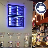Photo taken at กาแฟต้อม (Thom Artisan Coffee) by Tony D. on 12/9/2013