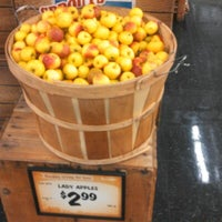 Photo taken at Sprouts Farmers Market by Angelique S. on 11/20/2012