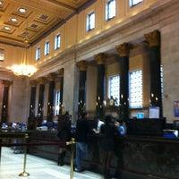 Photo taken at BMO Banque de Montréal by Fabi Alia on 11/2/2012