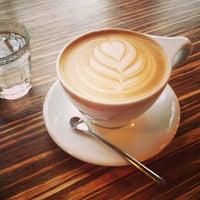 12/31/2012 tarihinde Steven X.ziyaretçi tarafından Caffe Streets'de çekilen fotoğraf