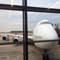 Photo taken at Lufthansa Flight LH 419 by Gabriel C. on 2/8/2014