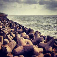 Photo taken at Marine Drive by Nemish M. on 6/5/2013
