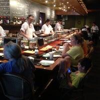 Foto tomada en Sushi Sake por Kevin N. el 6/22/2013