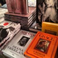 Foto diambil di Rizzoli Bookstore oleh jessica pada 11/2/2013