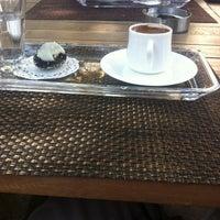 4/23/2013 tarihinde Sssss S.ziyaretçi tarafından Bake & Cake Boutique Cafe'de çekilen fotoğraf